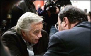 """Le numéro deux du PS, François Rebsamen, a pris mardi soir la défense de Ségolène Royal, probable candidate à l'investiture du PS pour l'Elysée en 2007, affirmant que """"l'heure (n'était) pas à la critiquer""""."""