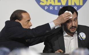 Silvio Berlusconi de Forza Italia et Matteo Salvini de la Lega en conférence de presse avant les législatives, le 1er mars 2018 à Rome