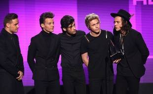 Les One Direction aux American Music Awards le 23 novembre 2014
