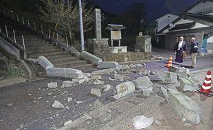 Les dégâts provoqués par le séisme dans la ville d'Oda, à l'ouest du Japon, le 9 avril 2018.
