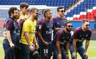 Les «Tois» étaient nombreux lors de la présentation de Neymar