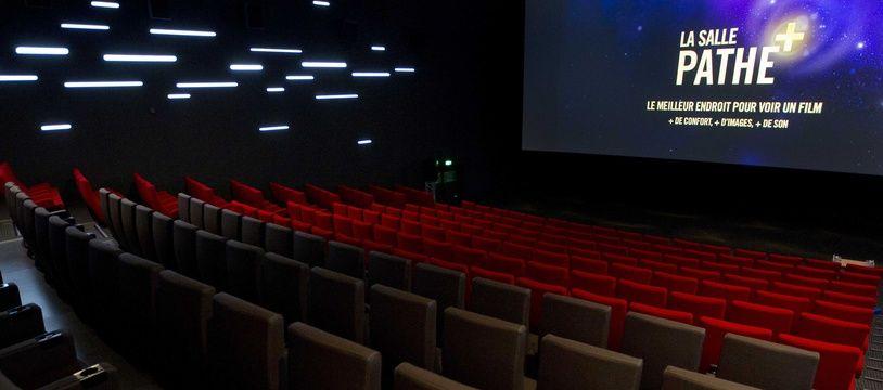 Illustration d'une salle de cinéma Pathé. ici, place de Clichy, à Paris.