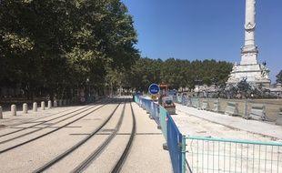 Travaux de connexion de la ligne C à la future ligne D du tramway, place des Quinconces à Bordeaux.
