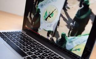 Sur internet, la propagande de l'organisation Etat islamique.