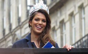 Iris Mitteaere, Miss Univers, de retour à Lille pour une parade.