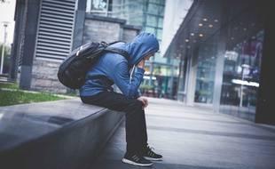Le trouble de stress post-traumatique est souvent connu sous l'acronyme PTSD (ou TSPT en français).