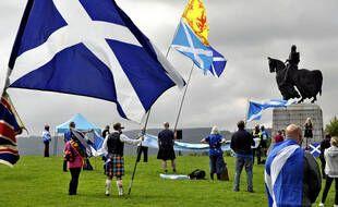 Les Ecossais participent à une manifestation pour l'indépendance de l'Ecosse, à Stirling le 19 août 2020.