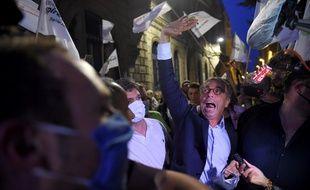 Pierre Hurmic revendique la victoire, le 28 juin 2020, au second tour des élections municipales à Bordeaux.