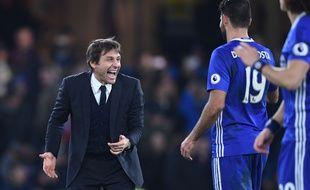 Antonio Conte est en passe d'établir un nouveau record de 14 victoires d'affilée avec Chelsea après la victoire des Blues contre Stoke City, le 31 décembre 2016.