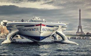 Le catamaran Race for Water avait navigué sur la Seine en novembre 2015 à l'occasion de la Cop 21 à Paris.