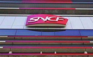 La Fgaac (autonomes), 2e syndicat chez les conducteurs de la SNCF, et la CFDT ont appelé mercredi à une grève reconductible à partir du mardi 18 novembre à 20H00 contre une réorganisation du travail dans le fret ferroviaire, ont annoncé les deux syndicats.