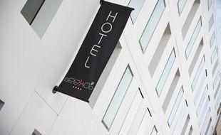L'hotel Seeko'o 4 etoiles est situé sur le Quai de Bacalan a Bordeaux - Photo : Sebastien Ortola