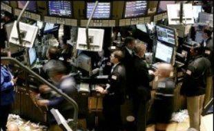 Les autorités américaines s'intéressent de près aux pratiques d'attribution des stocks-options de certaines entreprises, antidatées pour permettre aux dirigeants d'empocher des sommes parfois fabuleuses, dans ce qui pourrait prendre des allures de nouveau scandale.