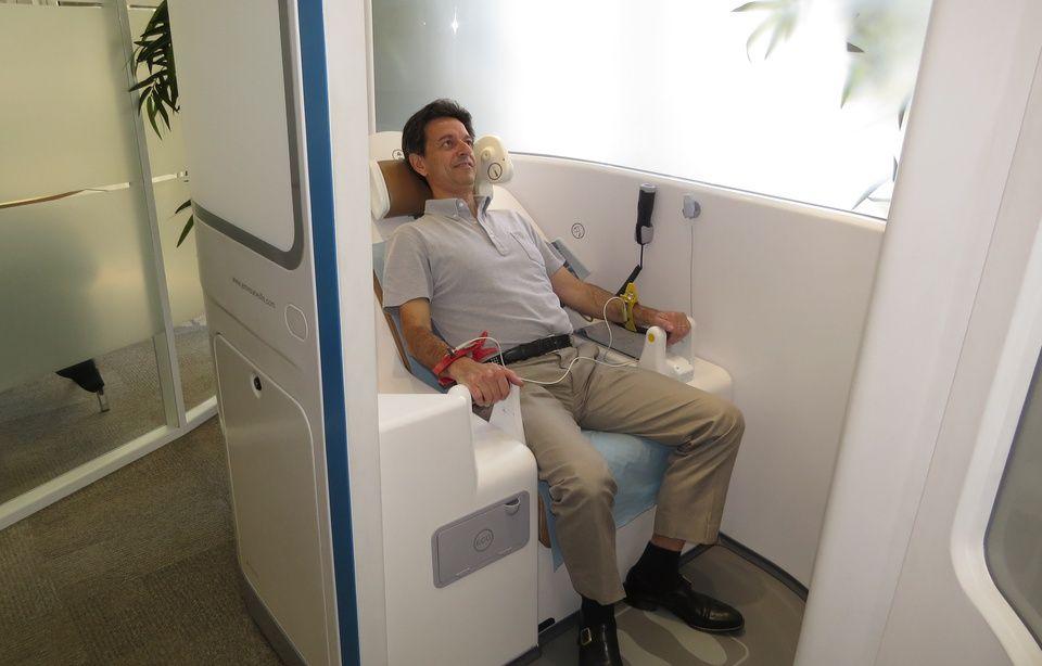 La télémédecine sera remboursée à partir de septembre 960x614_patient-teste-cabine-telemedecine-25-juin-2014-paris