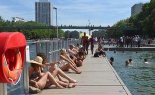 Les trois espaces de baignade du Bassin de la Villette sont fermés jusqu'à nouvel ordre.