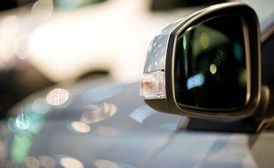 Le jeune conducteur irascible devra répondre de son comportement devant le tribunal.