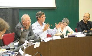 Le maire de Kingersheim Jo Spiegel en pleine intervention.