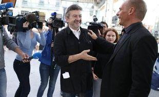 Jean-Luc Mélenchon, cofondateur du Parti de gauche (PG), et Yanis Varoufakis, ex-ministre grec des Finances se sont rencontrés ce dimanche matin, avant que l'ex ministre de l'économie grec ne file à la Fête de la rose.