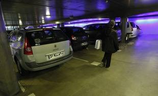 Dans un parking souterrain (illustration).