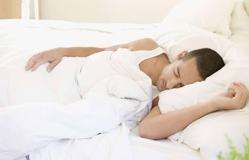 Sommeil: Dormir plus de 10 heures par nuit augmente de 30% le risque de mort précoce