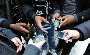 Illustration: Des téléphones portables.