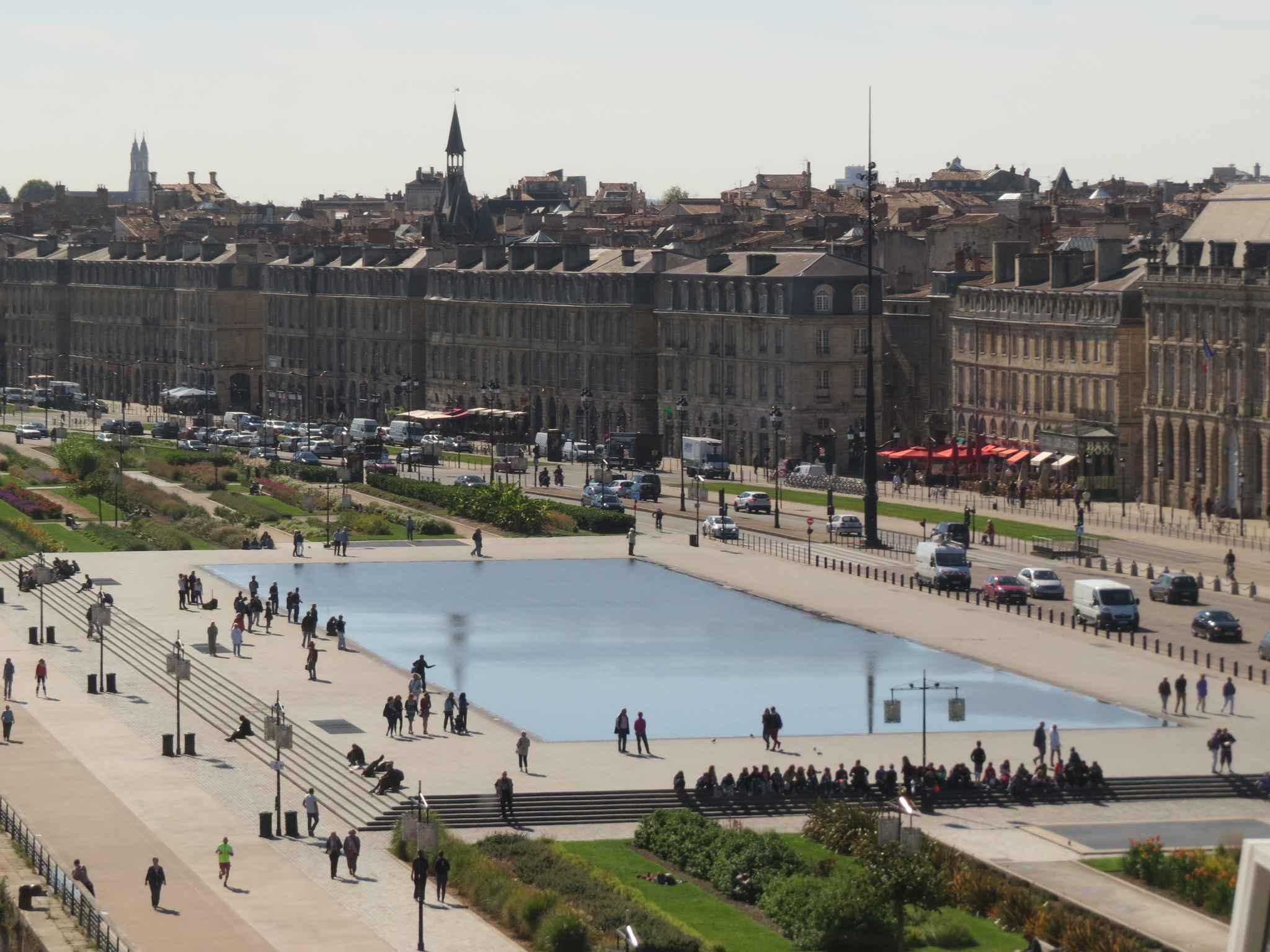 Bordeaux le miroir d 39 eau serait l 39 un des 11 lieux les for Miroir d eau bordeaux