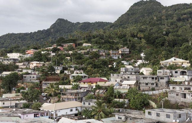 Emmanuel Macron à Mayotte pour lutter contre l'immigration clandestine