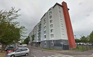 L'immeuble depuis le 7e étage duquel est tombé l'enfant.