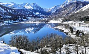 Hiver comme été, Météo Pyrénées propose une dizaine de photos et vidéos tous les jours sur les réseaux sociaux. Ici, le lac de Génos-Loudenvielle.