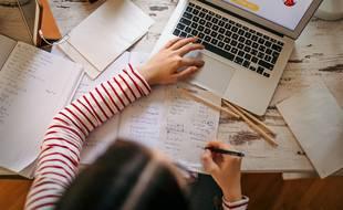 Enseignants et étudiants ont les outils, mais demeure un problème : un accès à Internet pour tous.