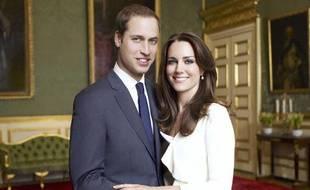 L'une des deux photos officielles dévoilées le 12 décembre 2010 par le Prince William et sa future femme, Kate Middleton, avant leur mariage prévu le 29 avril 2011.