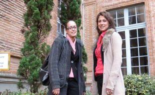 Moufida et Marjorie , respectivement hôtesse d'accueil et directrice du Carrefour Market de Saint-Michel