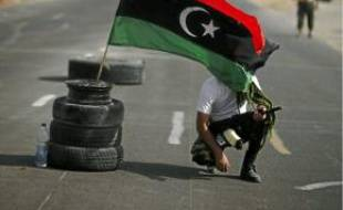 Un check-point entre Tarhouna et Bani Walid (Libye), hier.