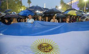 Environ 400.000 personnes ont participé à la «marche du silence» à Buenos Aires, le 18 février 2015.