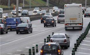 Les Français sont parfois confrontés aux embouteillages pour se rendre au travail.