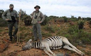 Illustration d'un safari-chasse en Afrique.