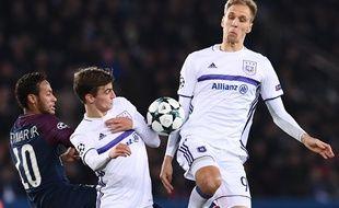 L'attaquant polonais Lukasz Teodorczyk avec Anderlecht en octobre dernier face à Paris.