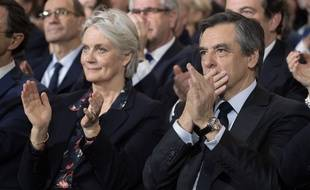 Penelope et François Fillon lors d'un meeting de campagne à La Villette le 29 janvier 2017 à Paris