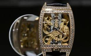 Une montre de l'horloger suisse Corum, racheté par le groupe chinois Citychamp Watch & Jewellery Group Limited, exposée le 18 mars 2015 au salon BaselWorld, en Suisse