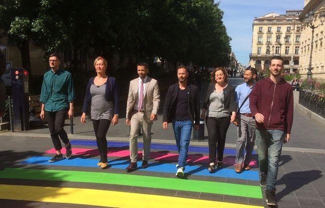 Marik Fetouh, adjoint au maire en charge de l'égalité, et des représentants associatifs ont foulé pour la première fois le passage-piéton.