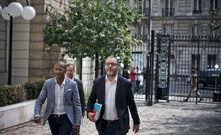 Karim Bouamrane (à gauche) et Rachid Temal, porte-paroles du PS, le 27 août 2017.