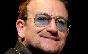 Bono, leader du groupe U2 à Cannes le 21 juin 2014.