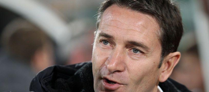 Philippe Montanier pourrait rebondir au RC Lens