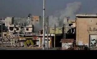Les équipes du Croissant rouge syrien et de la Croix-Rouge internationale qui négociaient avec les autorités et les rebelles ont indiqué avoir quitté Homs mardi, faute d'accord sur l'évacuation des journalistes bloqués dans le quartier de Baba Amr pilonné par l'armée.