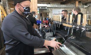 Jeudi 4 février 2021, la brasserie Little Atlantic Brewery écoule ses stocks
