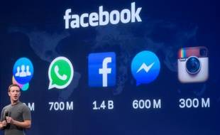 Mark Zuckerberg, fondateur de Facebook, présente une nouvelle version de la plateforme Messenger, lors du sommet F8 à San Francisco en Californie, le 25 mars 2015