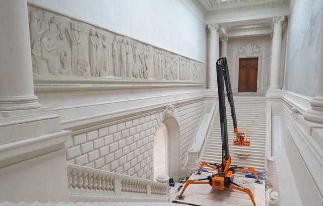 L'escalier monumental s'est refait une beauté