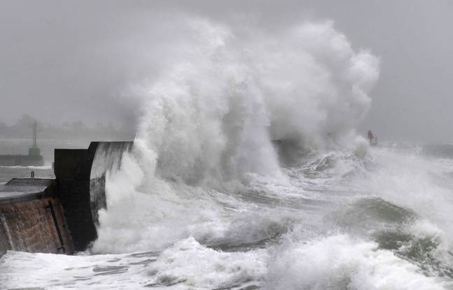 Tempête Dennis : Le Finistère et le Morbihan placés en alerte orange pluies-inondations