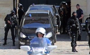 Le convoi de Mehdi Nemmouche le 12 juin 2014 à la cour d'appel de Versailles.