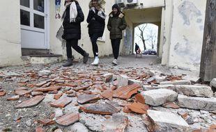La ville de Sisak, en Croatie, après un séisme, le 29 décembre 2020.